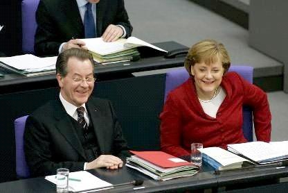 Müntefering und Angela Merkel
